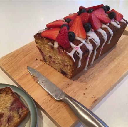 strawberry blueberry cake 2