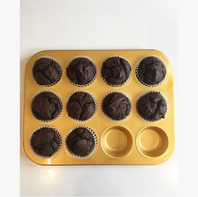 Chocolate and avocadocupcakes💚
